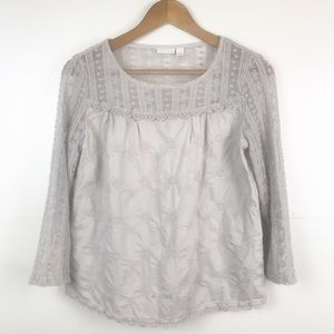 HINGE Embroidered Lace Sleeve Blouse Gray Small